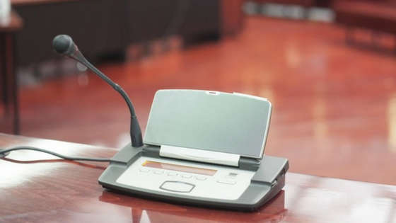 Evidence Presentation Systems: Design Solutions for Small Courtrooms